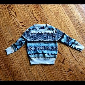 GAP boys 3T sweater (fits like 2T)